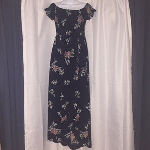 BNWT Navy FFLMYUHULIU Floral High-low Maxi Dress